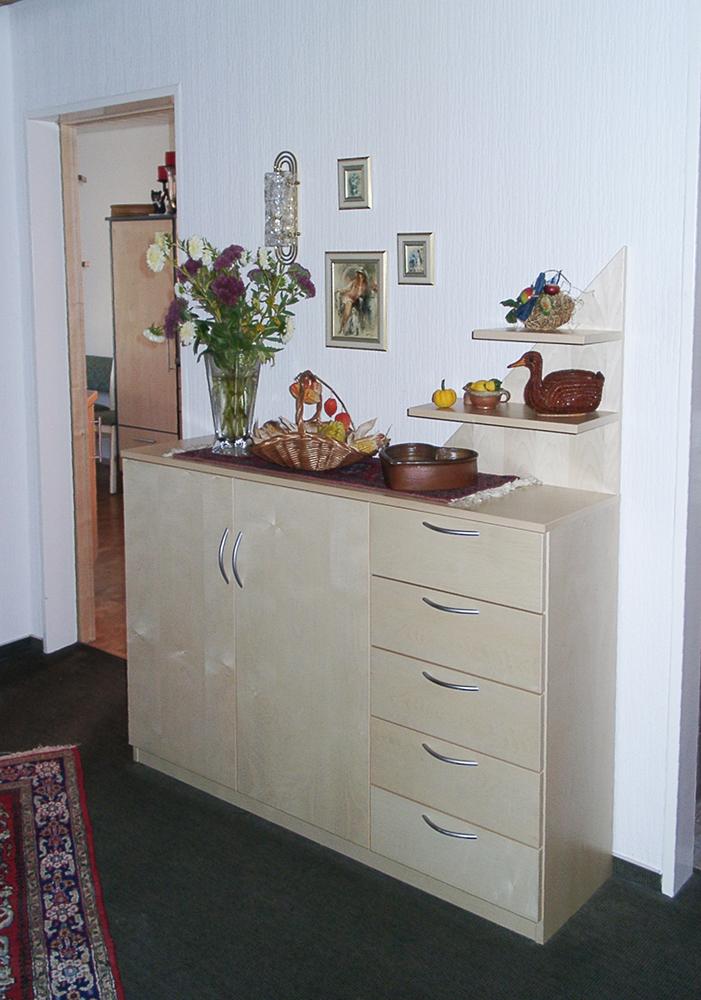 Wälde Sideboard-Garderobenschrank