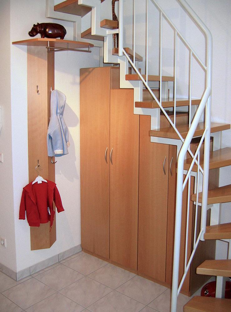 Wälde Garderobe Treppenunterschrank