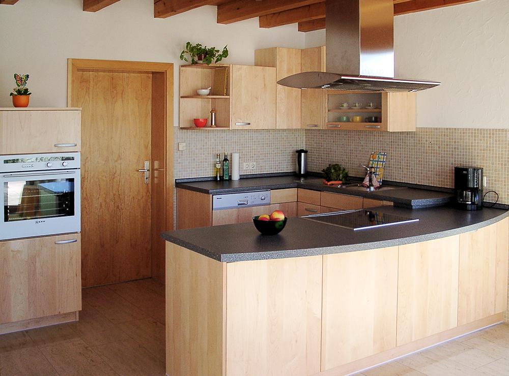 Wälde Küche Ahorn massiv Inselhaube