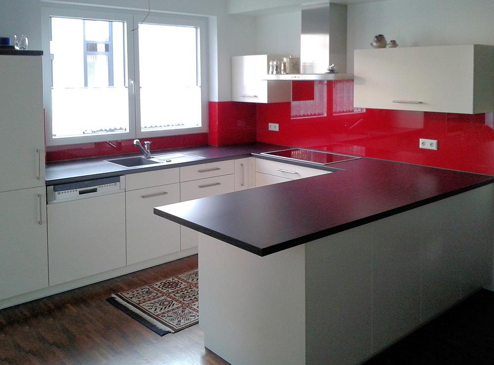 Wälde Küche Weißlack UForm Highboard Glasrückwand