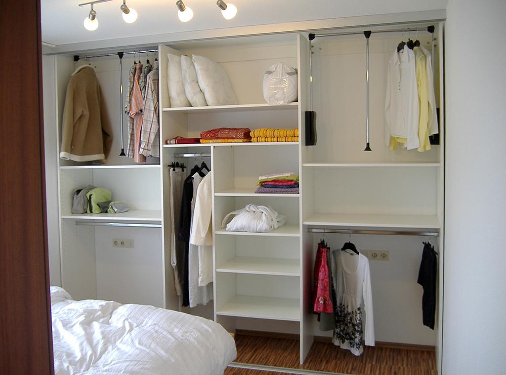 Wälde Schränke Kleiderschrank offen